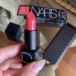 NARS Lipstick In Shade License To Love